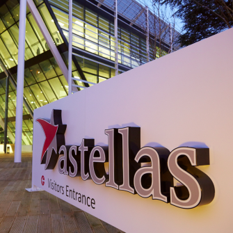 astellas-logo-5