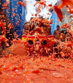 Spanish tomato fight in Kyiv